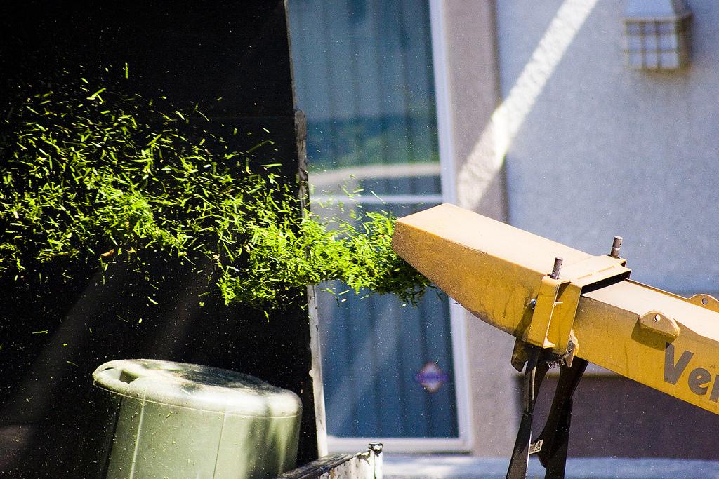 Садовый измельчитель для травы и веток. Рейтинг лучших моделей