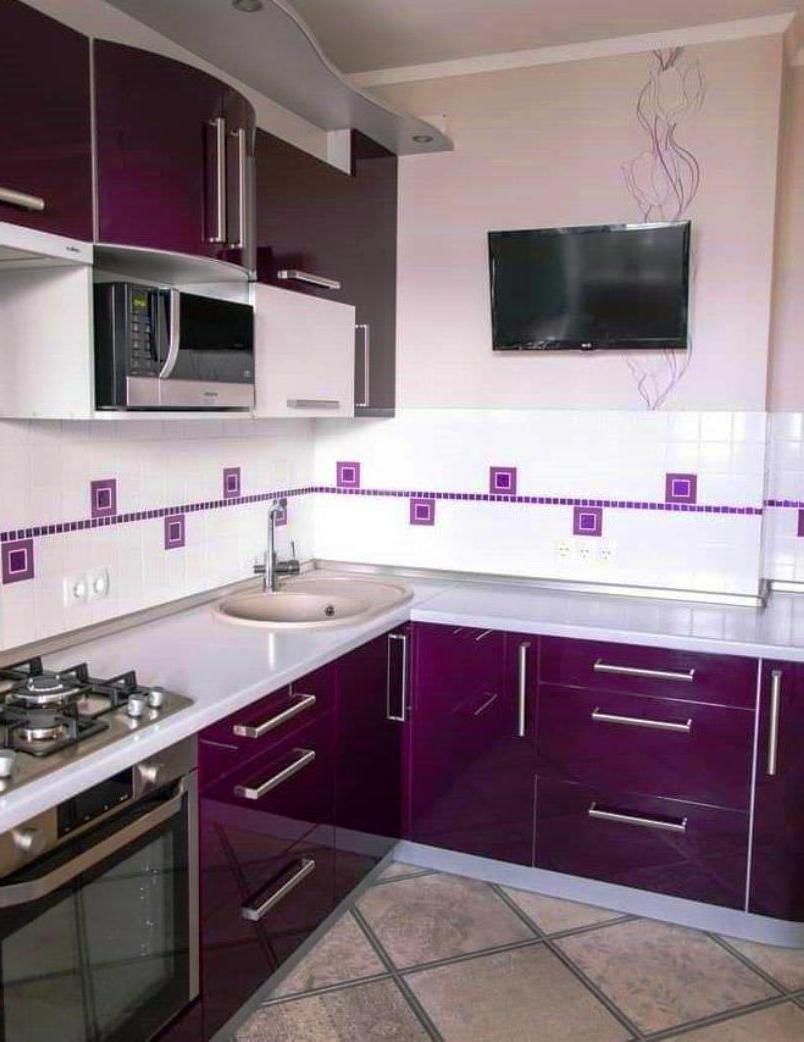 Кухня и телевизор