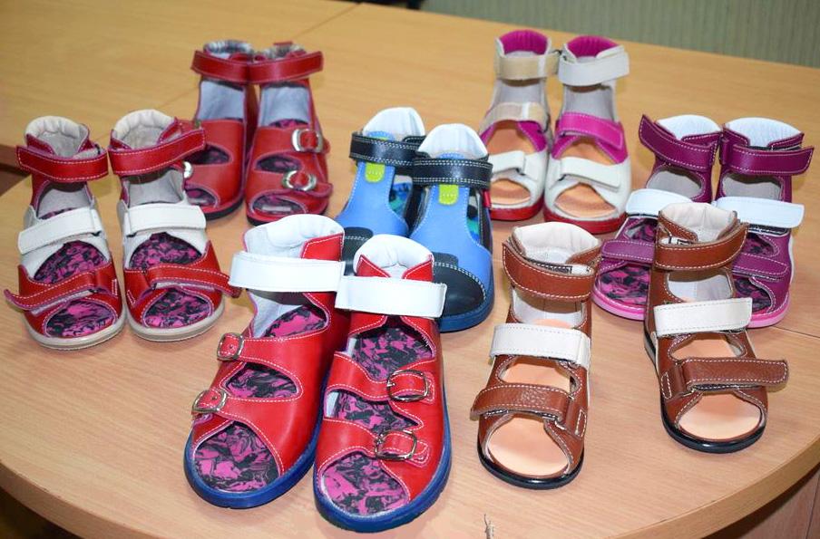 340c12f81 Как правильно выбрать ортопедическую обувь? Какие самые популярные модели и лучшие  производители? На эти и другие вопросы редакция сайта «ЯНашла» ...