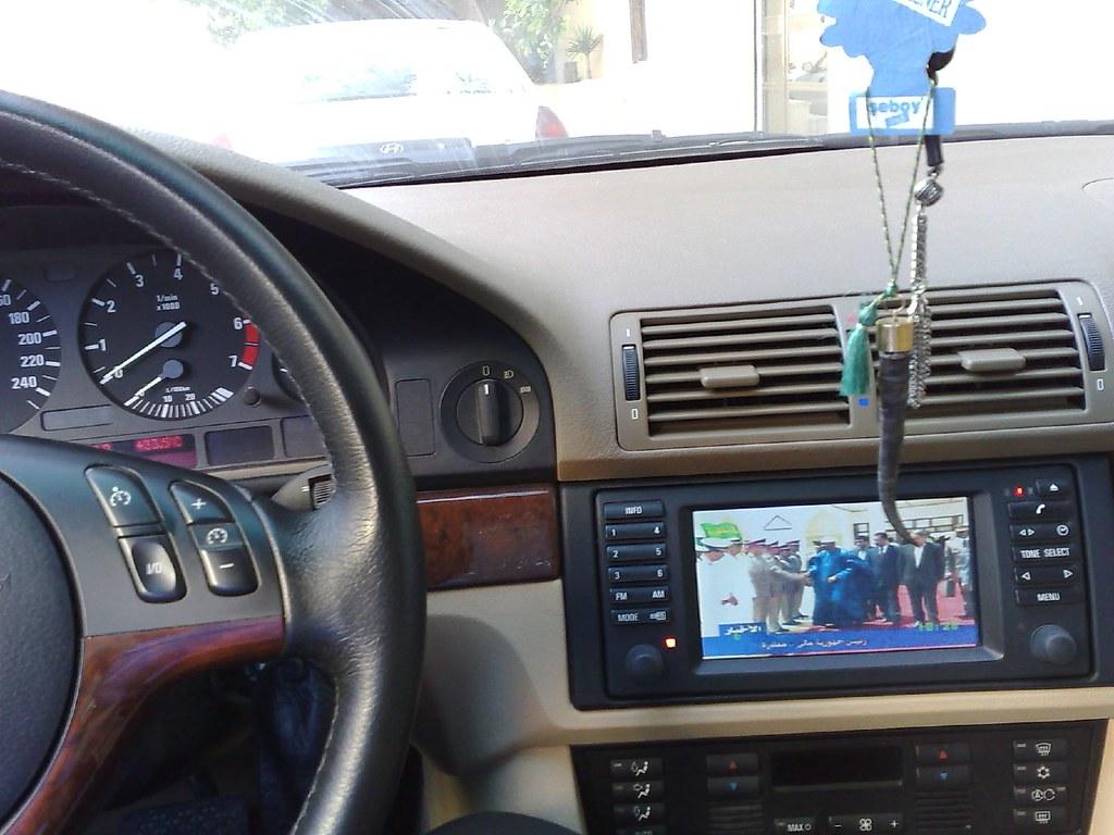 ТОП-7 лучших автомобильных телевизоров: какой купить, плюсы и минусы, отзывы